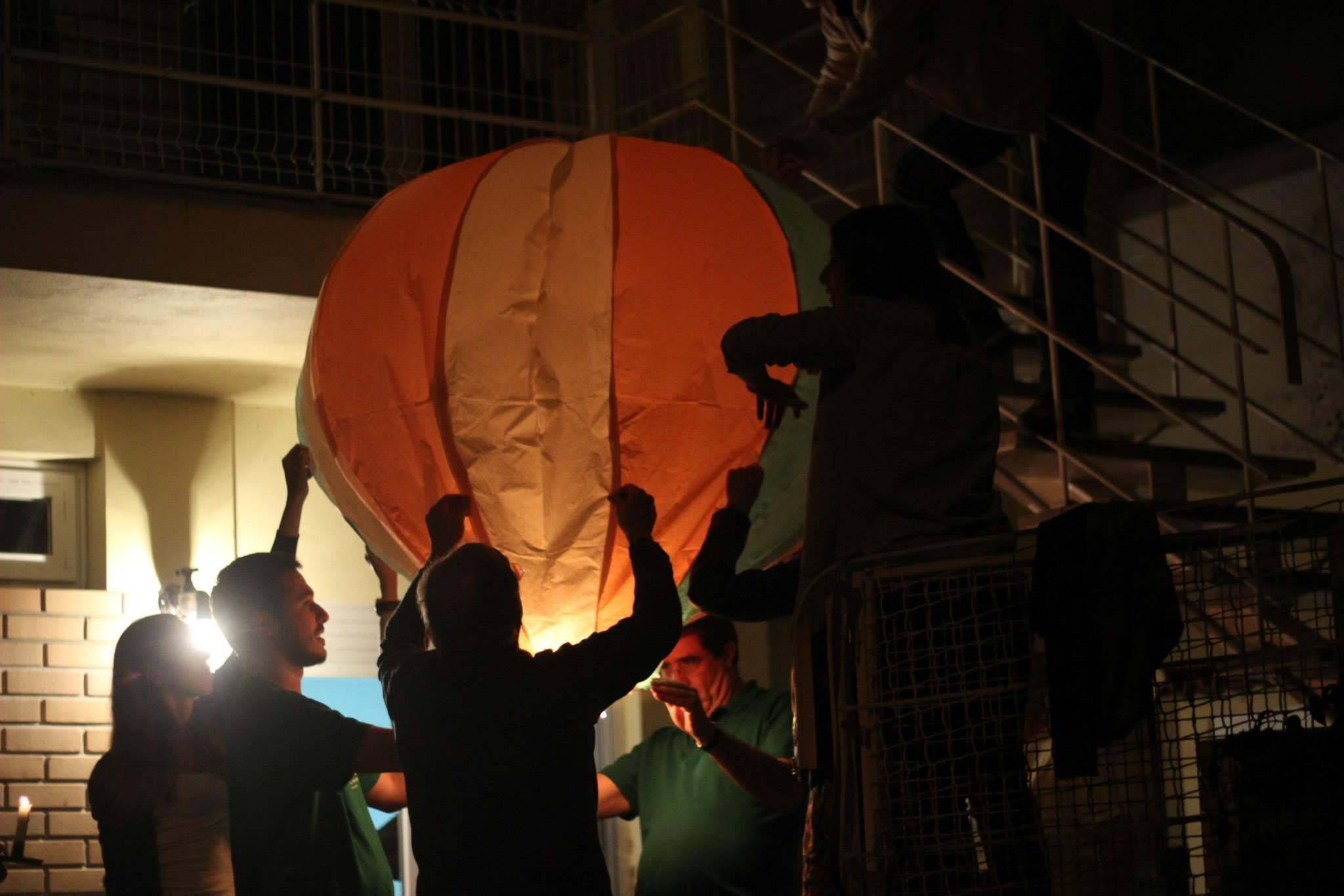 Proibido lançar balões de São João