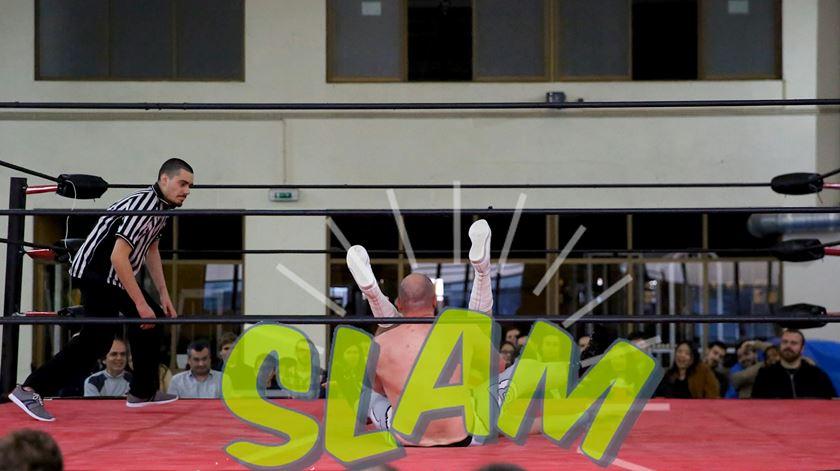 Como é o wrestling em Portugal?