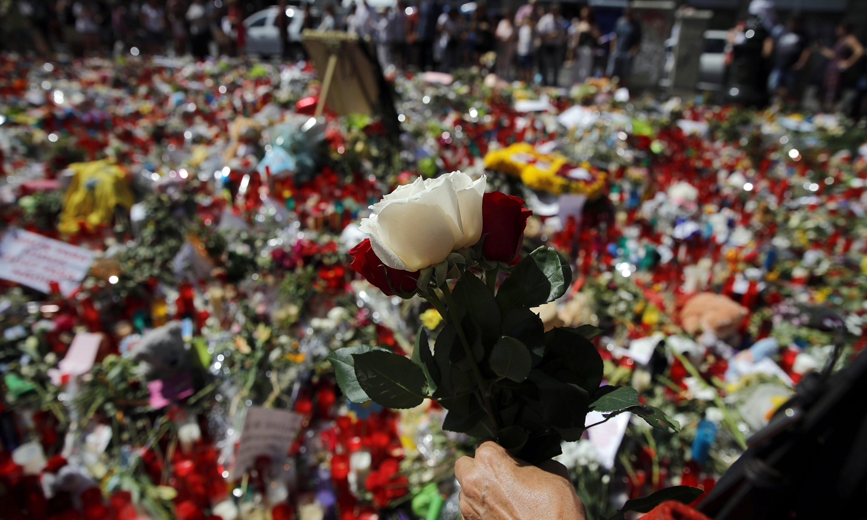 Decorrem hoje os funerais das duas vítimas portuguesas dos atentados em Barcelona