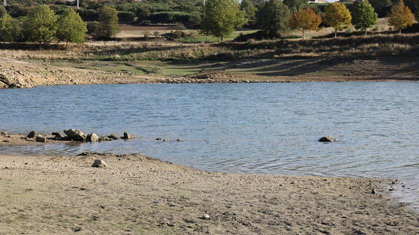 Água. Bacias do Ave e do Mondego são as que têm mais água