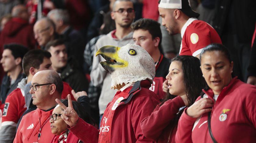"""""""Powerpoint"""" para quadros do Benfica define objetivo de controlo do futebol em todas as frentes"""