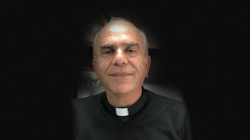 Padre responsável pela paróquia de Ramallah. Foto: José Pedro Frazão