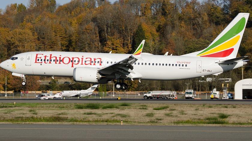 """Boeing mantém """"total confiança na segurança do MAX"""""""