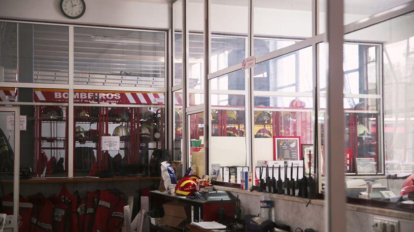 Sala de operações do quartel
