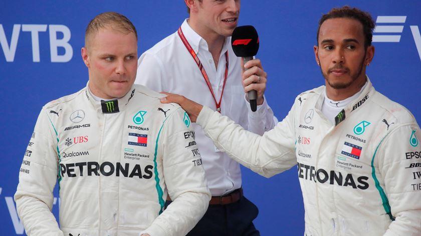 Hamilton agradeceu o cavalheirismo de Bottas. Foto: Maxim Shemetov/Reuters