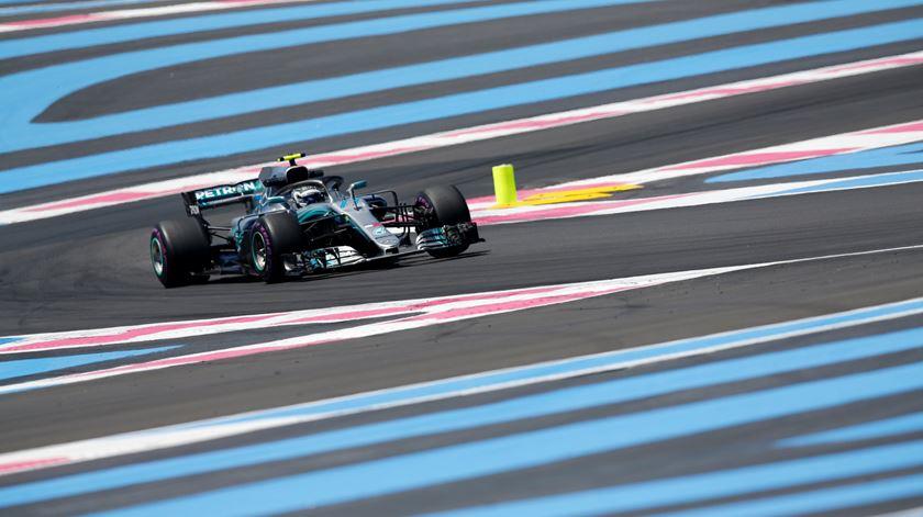 "Bottas conquista a primeira ""pole position"" da temporada na China"