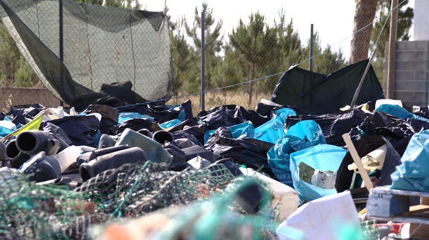 Brigada do Mar já retirou mais de 550 toneladas de lixo da costa portuguesa
