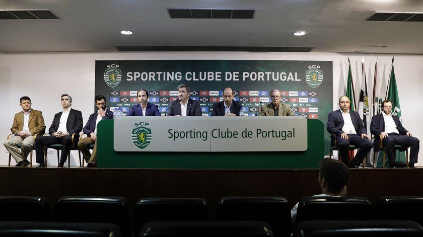 Bruno de Carvalho mantém apoio dos dirigentes mais próximos. Foto: António Cotrim/Lusa
