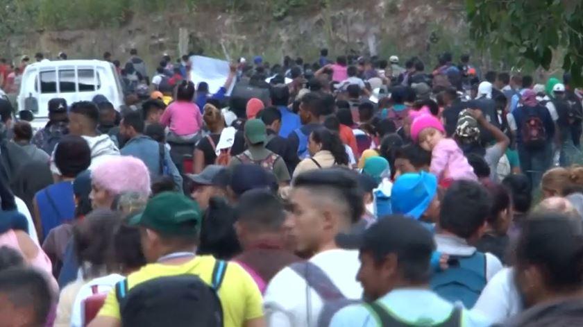 Nova caravana de migrantes a caminho dos EUA