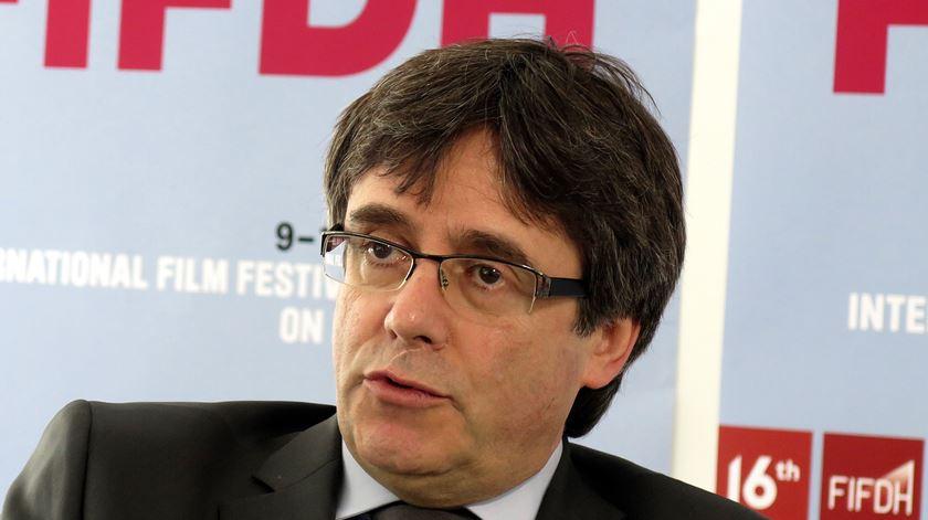 Espanha não aceita extradição de Carles Puigdemont como definida pela Alemanha