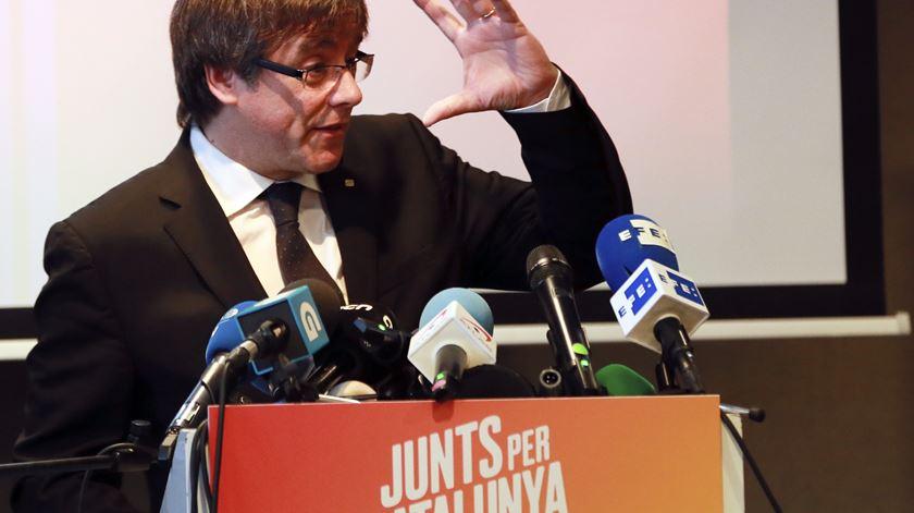 """Puigdemont estava """"perfeitamente consciente"""" dos riscos que corria"""