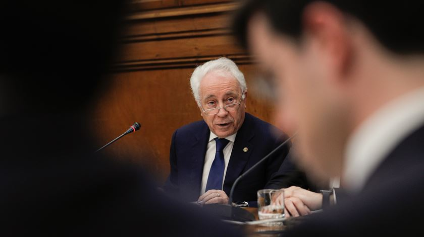 António Costa recebe governador do Banco de Portugal em fim de mandato