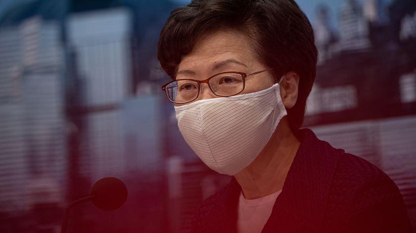 Hong Kong. 25 ativistas indiciados por vigília proibida em memória de Tiananmen