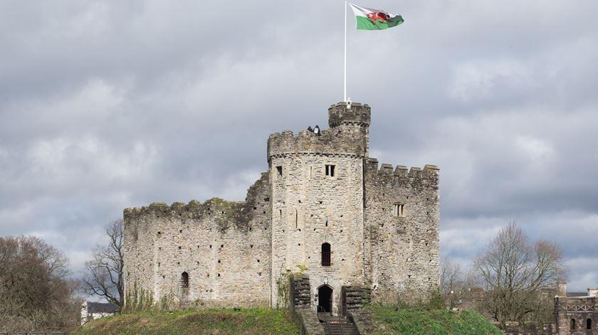O Castelo de Cardiff, no País de Gales. Foto: Wikimedia