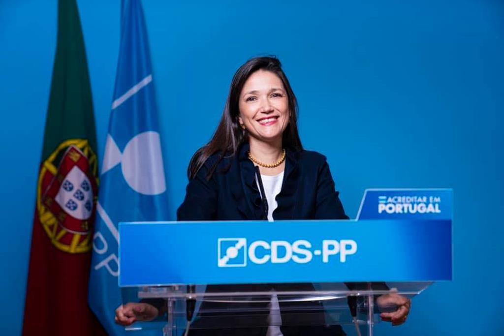 Cecília Anacoreta Correia, porta-voz do CDS. Foto: Facebook