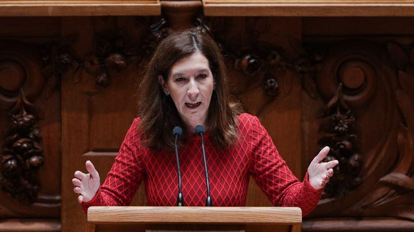 """CDS avisa que """"geringonça"""" vai regressar com Orçamento do Estado"""