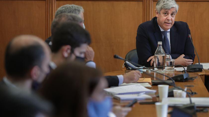 Banco de Portugal. Iniciativa Liberal lança providência cautelar para impedir nomeação de Centeno