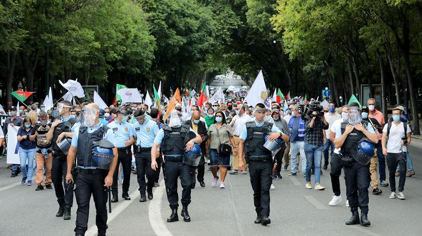 1.300 pessoas em manifestação do Chega com slogans de esquerda