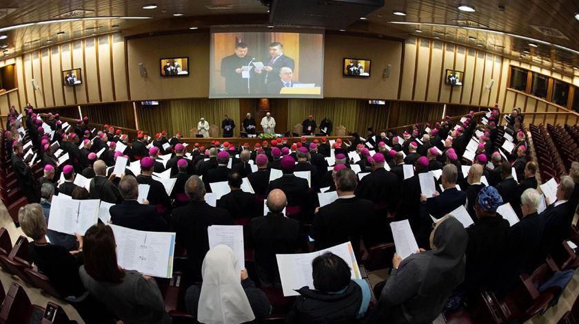 Abusos sexuais sobre menores na Igreja Católica