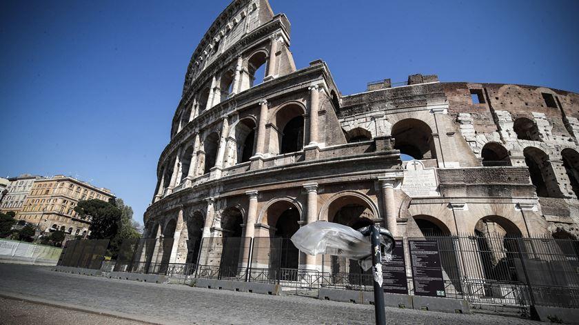 Segurança social de Itália estima mais quase 19 mil mortos por Covid-19