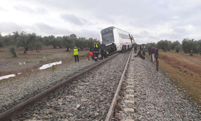 Descarrilamento de comboio Málaga-Sevilha faz 21 feridos