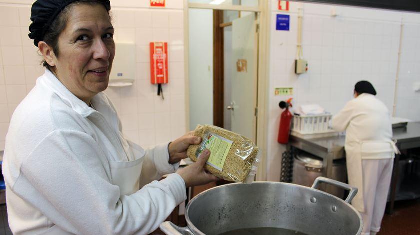 "Uma escola rendida à ""espectacular"" comida vegetariana"