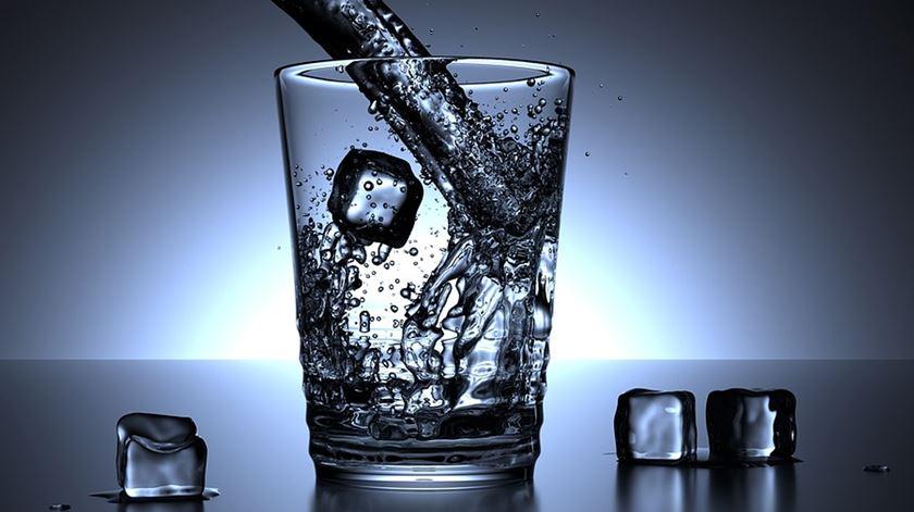 O que vale o meu copo com água no PIB?