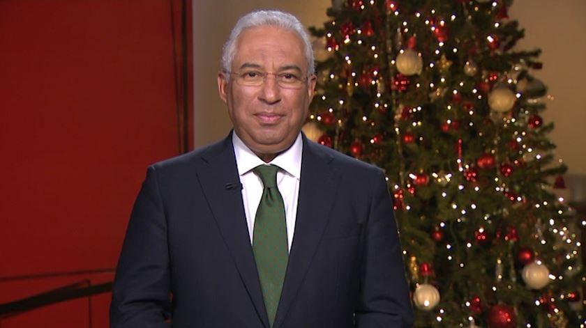 Incêndios e economia dominam mensagem de Natal do primeiro-ministro