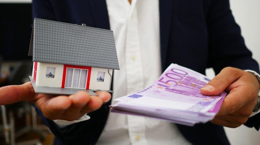 Empréstimos de risco à habitação caem a pique