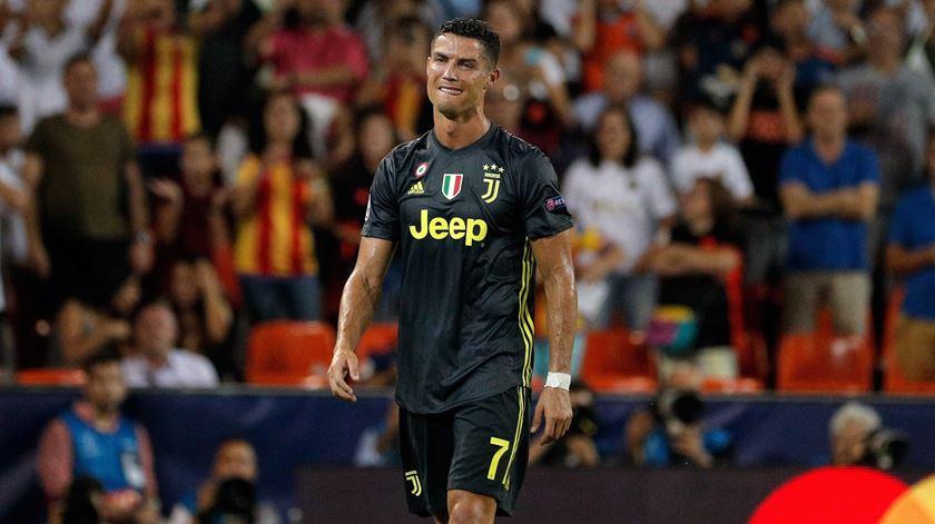 """Cristiano Ronaldo """"desolado"""" com a morte de Kobe Bryant"""