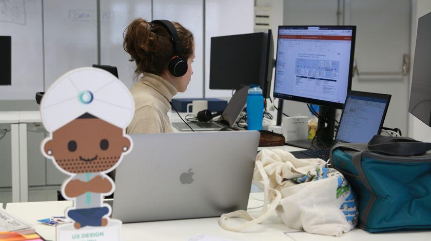 Reportagem Tecnologia no Porto por Daniela Espírito Santo e Marília Freitas