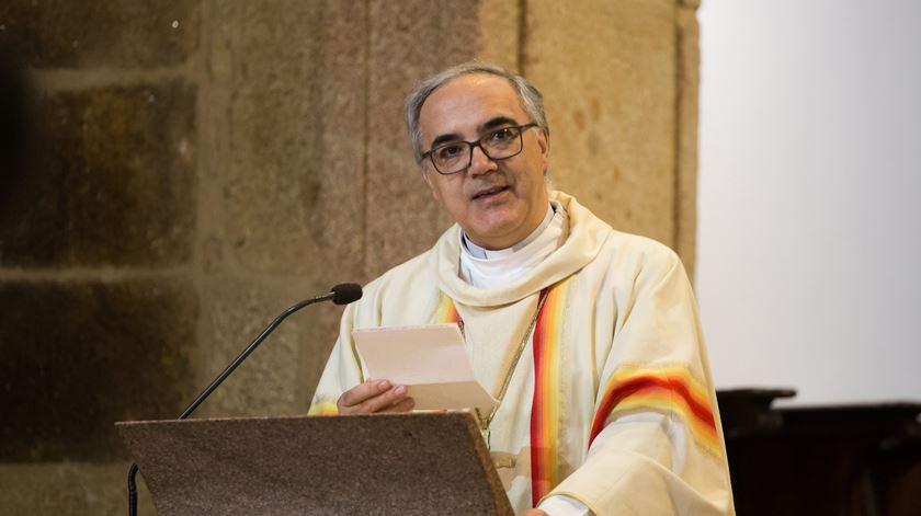 Bispo de Vila Real recomenda adiamento de batismos e casamentos e apela à maturidade cívica