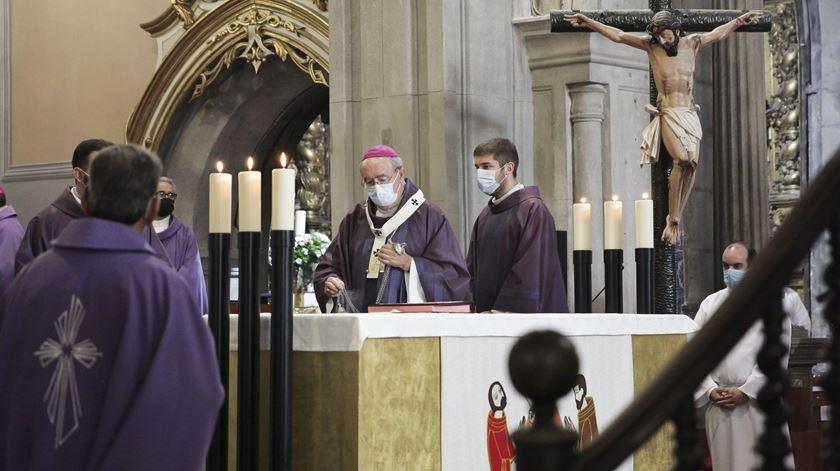 """""""A dureza da morte de D. Anacleto obriga-nos a retomar a sua missão"""", diz arcebispo de Braga"""