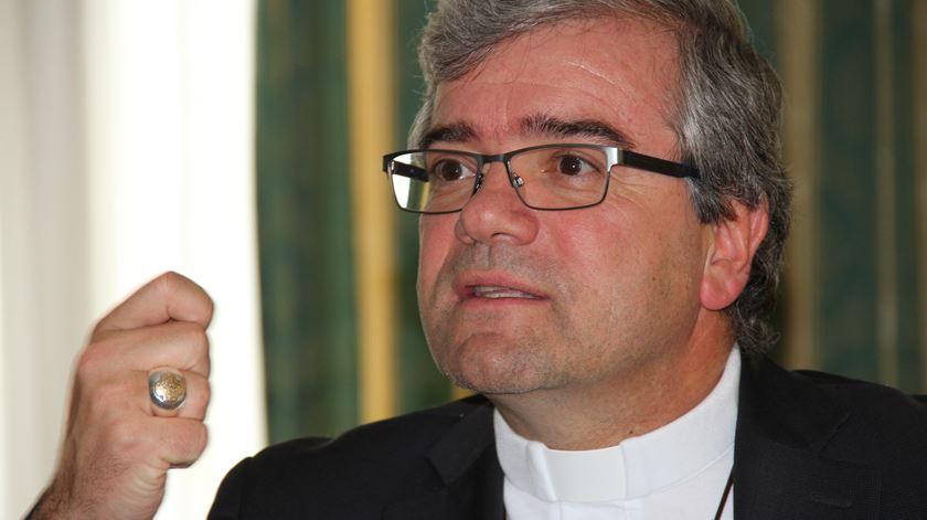 Só razões sociais podem levar ao adiamento de casamentos e batismos, diz D. José Cordeiro