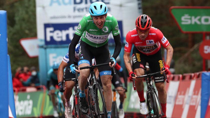 Dan Martin vence etapa em Espanha