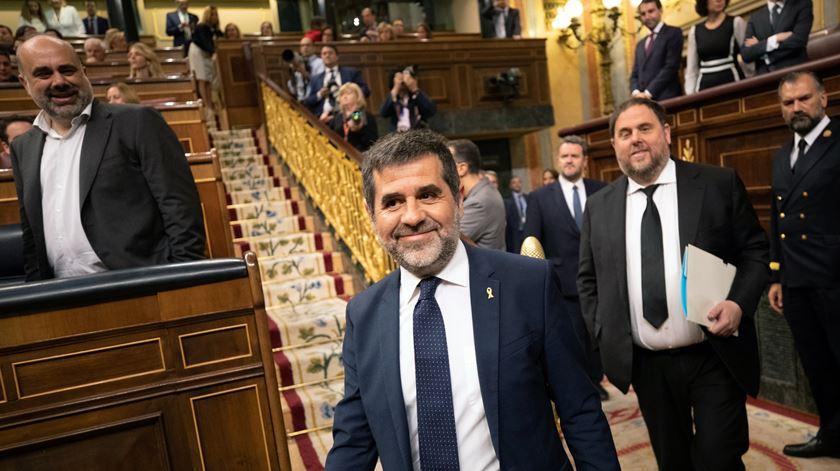 Independentistas catalães presos e acusados tomam posse no Congresso dos Deputados