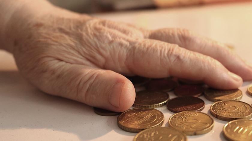 Três em cada quatro portugueses temem não ter rendimentos na velhice
