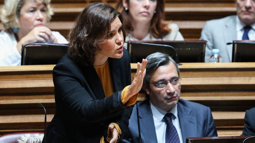 "Chumbo da eutanásia. Cristas elogia ""grande maturidade democrática"" do parlamento"