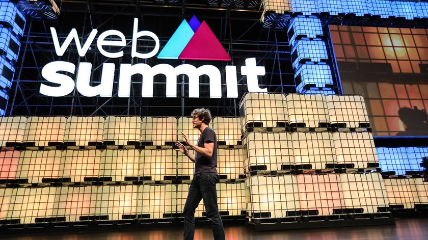 Web Summit Lisboa adiada por um mês