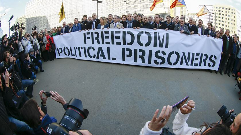 Catalunha. Junqueras quer lugar no parlamento apesar de estar preso