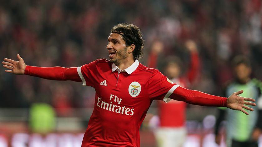 Krovinovic encantado com o Benfica. Foto: Tiago Petinga/Lusa