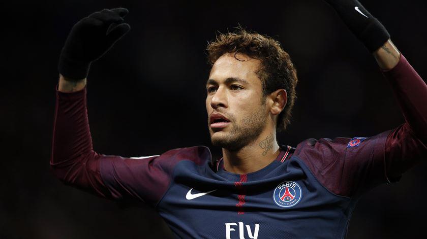 Neymar trocou o Barcelona pelo PSG na temporada passada. Foto: Ian Langsdon/EPA