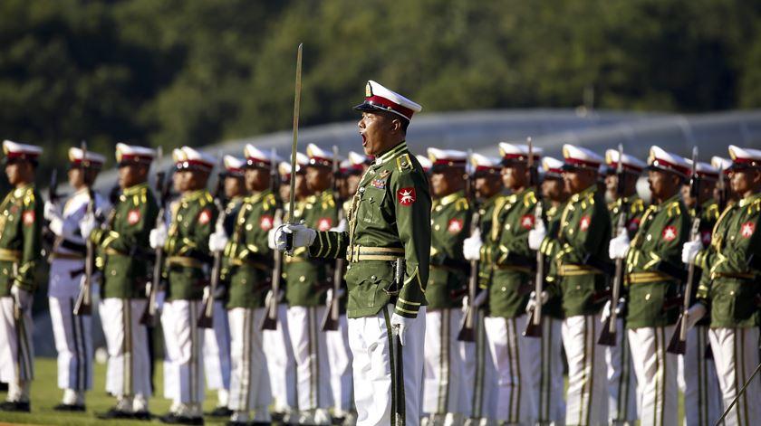Cerimónia de boas-vindas a Naypyitaw, Myanmar. Foto: Nyein Chan Naing/PA