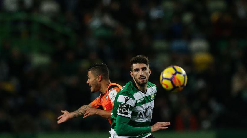 Cristiano Piccini recupera e segue viagem com Coentrão e André Pinto Foto: Tiago Petinga/Lusa