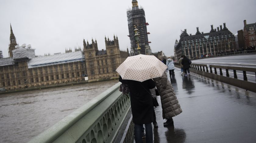 """Justiça escocesa diz que suspensão do Parlamento britânico é """"ilegal"""""""