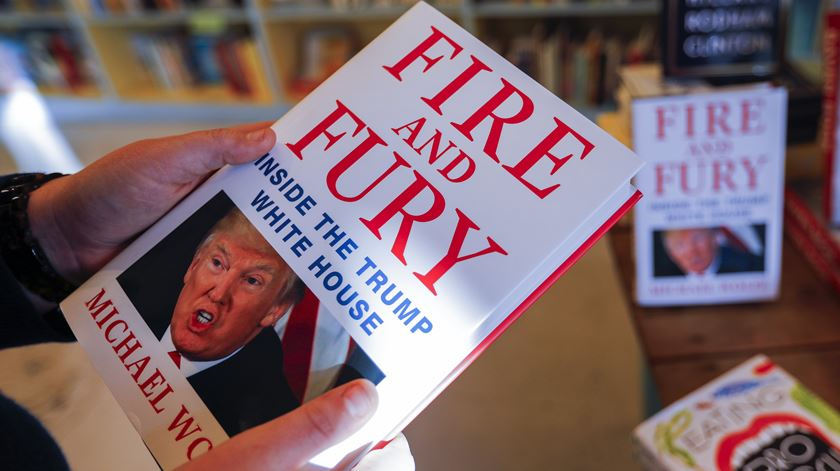 Ex-conselheiro envolve Trump em encontro comprometedor