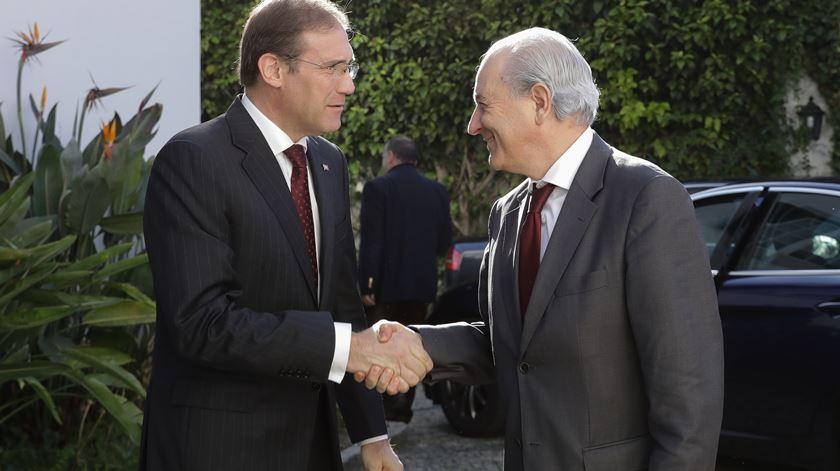 """Rio elogia Passos Coelho por dar nega a Ricardo Salgado, """"o mais poderoso do país"""""""