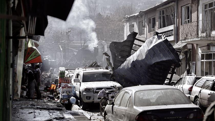 """Papa condena """"violência desumana"""" no Afeganistão"""