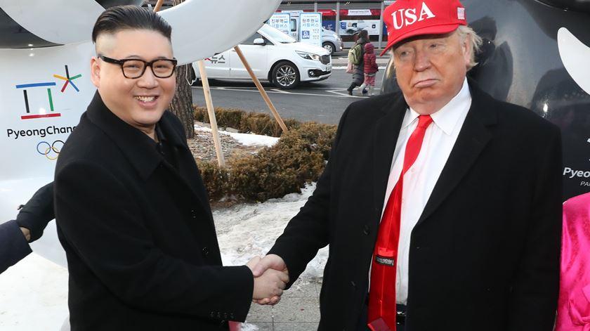 """""""Kim Jong-un"""" e """"Trump"""". Foto: Yonhap/EPA"""