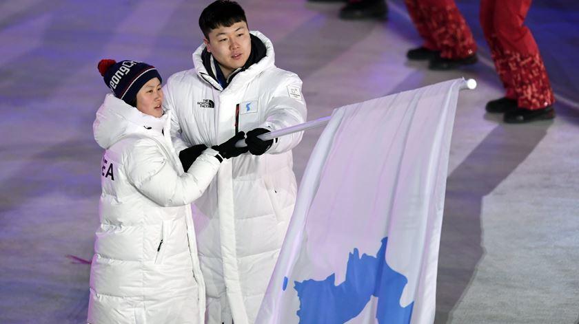 Coreias unidas ao som de